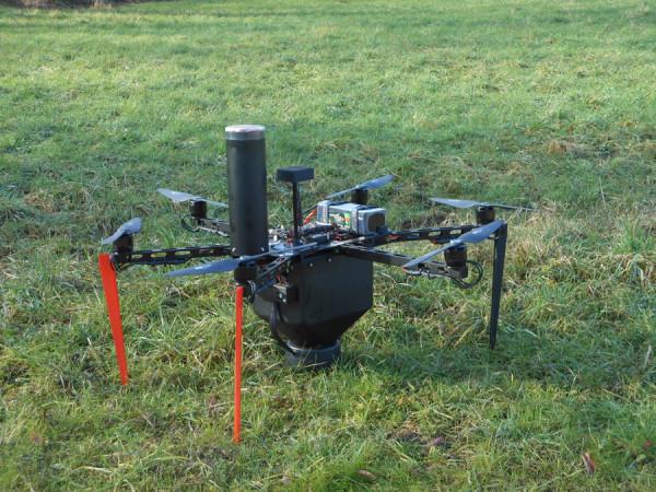 Drone contadino contro la piralide